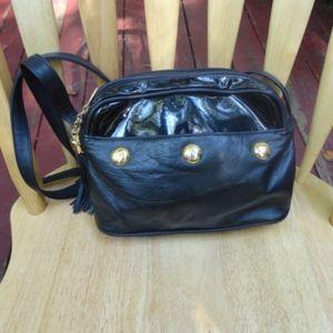 WORTHINGTON Vtg Black Patent Leather XBody Bag